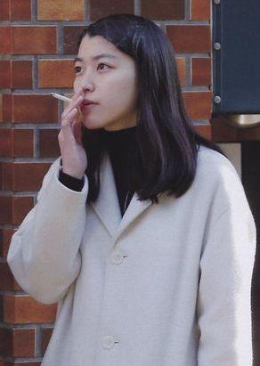 成海璃子,現在 出産,タバコ 写真,激太り,無伴奏,山下翔平,彼氏,消えた,干された