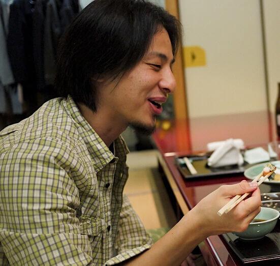 Hiroyuki Nishimuras dinner 20110506 1 - ひろゆきの嫁は会計士!結婚した理由はビザのため!現在はパリに移住